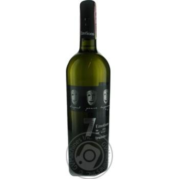 Вино 7 Emotions Traminer белое полусладкое 9-13% 0,75л - купить, цены на МегаМаркет - фото 1