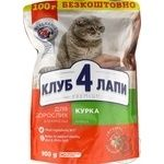Club 4 lapy Premium chicken for adult cats dry food 900g